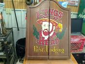 Antique KINGS HEAD PUB & LODGING Indoor Sports DARTBOARD